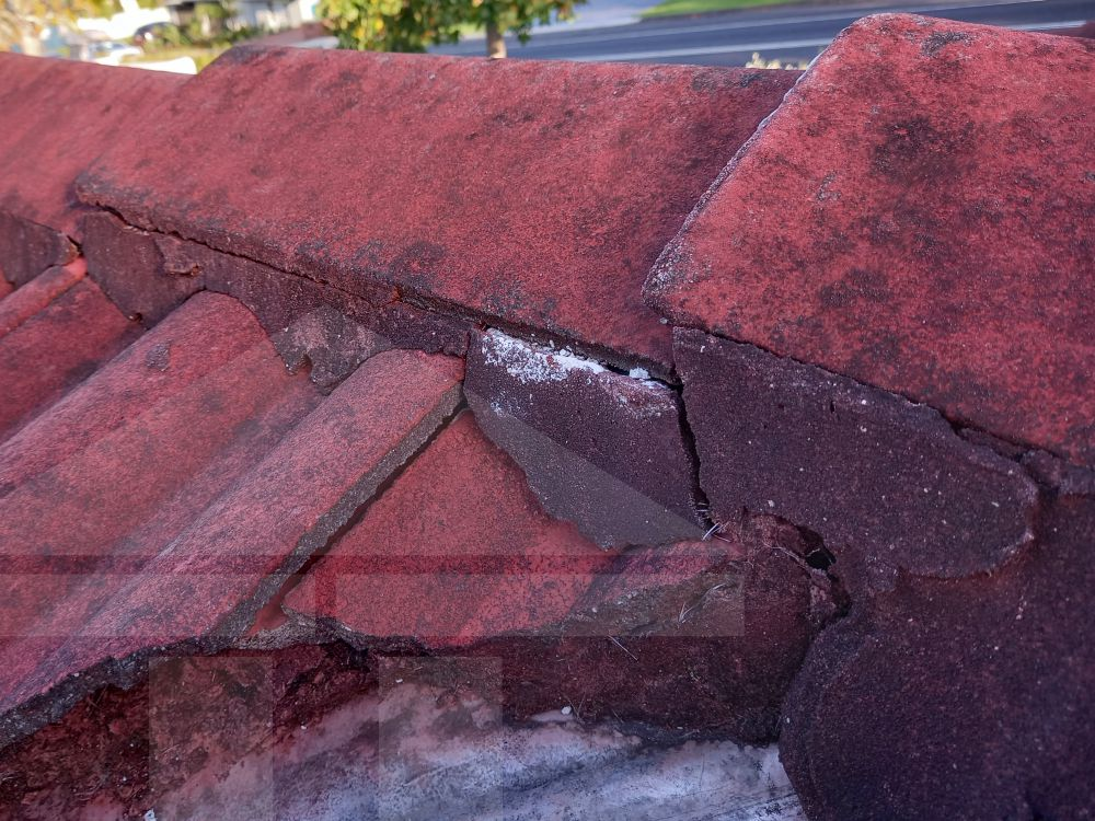 Central Coast Gutter Cleaning-Ridge Capping Repointing Bedding Mortar Breaking Away